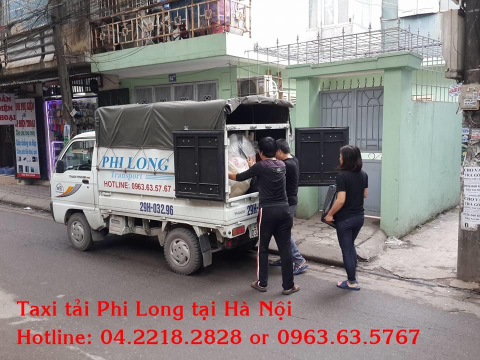 Taxi tải Phi Long tại phố Quan Nhân